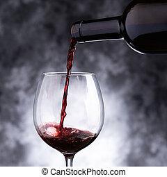 vinho tinto, provando