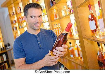 vinhos, jovem, escolher, bonito, multa, homem
