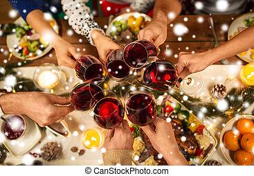 vino, navidad, arriba, celebrar, amigos, cierre
