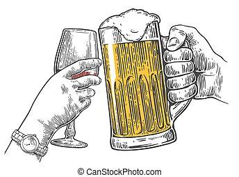 vino., tintinee, cerveza, dos, vidrio, manos