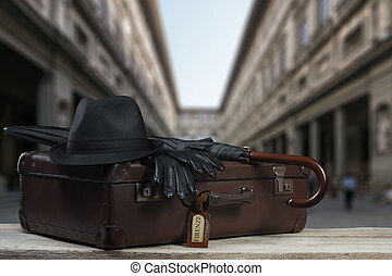 vintage Baggage in front of the famos Uffizi in Florence