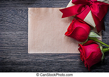 Vintage clean paper red natural roses wrapped gift box