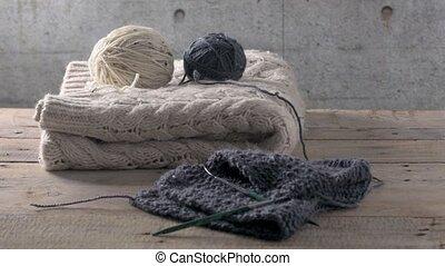 Knitting needles and yarn - Vintage Knitting needles and...