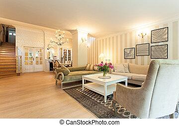 Vintage mansion - old-fashioned interior - Vintage mansion -...