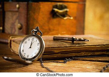 pocket watch - Vintage pocket watch