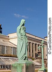 Vintage statue in the park Botanique