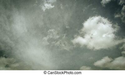 Vintage timelapse of white clouds - Vintage timelapse of...