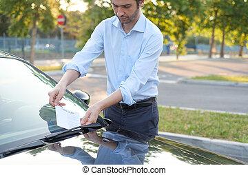 violação estacionando, bilhete, multa, ligado, pára-brisa