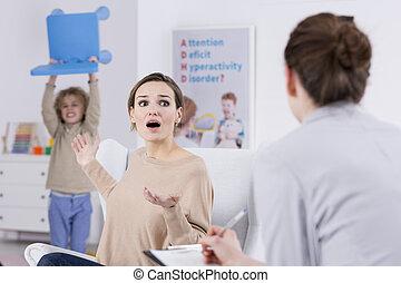 violento, madre, bambino, terrorizzato