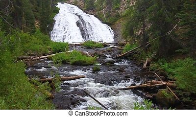 Virginia Cascade Yellowstone - Beautiful Virginia Cascades...