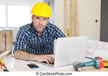 viril, travail construction, ouvrier