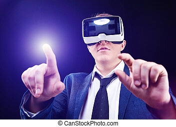 virtuel, head-mounted, vr, usages, homme affaires, realitiy,...