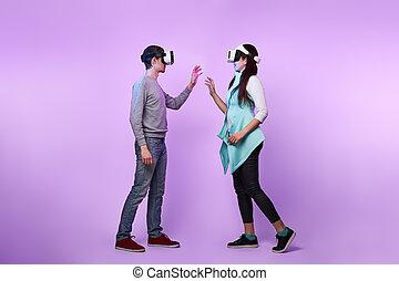 virtuel, headset., couple, utilisation, amour, communiquer, réalité