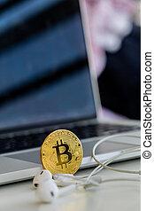 virtuel, nouveau, cadre, argent, bitcoins, concept., vertical
