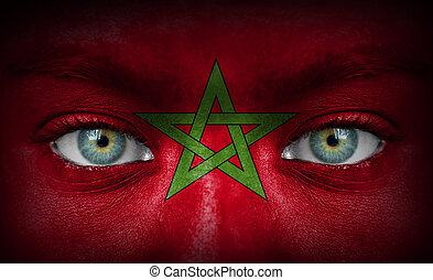 visage humain, peint, à, drapeau, de, maroc