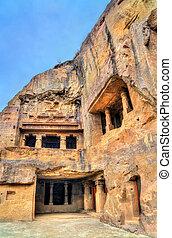 vishvakarma, caverna, um, principal, budista, corredor oração, em, ellora, caves., um, unesco, mundo, herança, local, em, maharashtra, índia