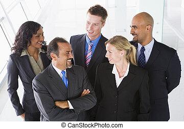 visión de arriba, de, personal de oficina