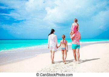 visión trasera, de, familia , en, vacaciones caribes