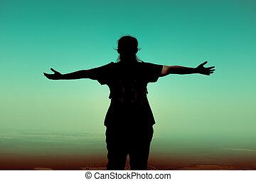 visión trasera, de, mujer se estirar, el, brazos, en, vacation., cruz, process.