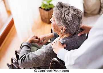 visitante saúde, e, um, mulher sênior, durante, lar, visit.