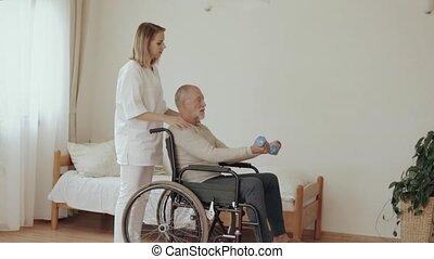 visiteur, visit., santé, maison, pendant, homme aîné
