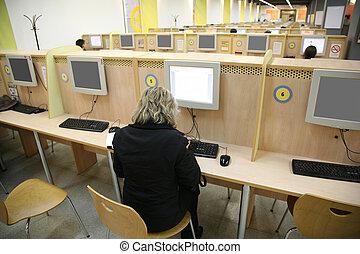 visitors in internet cafe