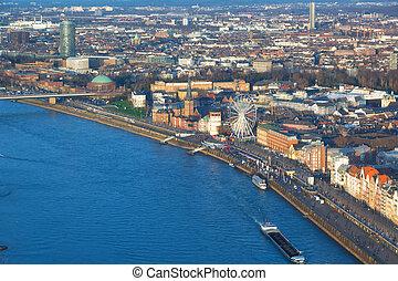 vista aérea, de, a, dique, de, a, rio, rhine, e, a, cidade...
