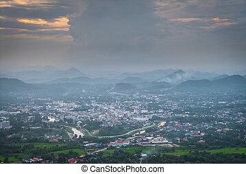 vista aérea, de, cidade pequena
