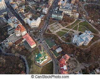 vista aérea, de, podol, y, c/, andrew's, iglesia, en, kiev, ciudad