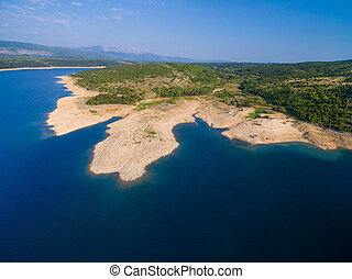 vista aerea, di, peruca, riva lago, croatia.
