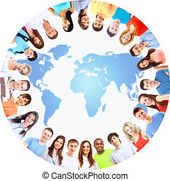 vista angolare bassa, di, felice, uomini donne, standing, insieme, cerchio