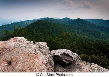 vista, de, a, montanhas appalachian, de, duncan, botão