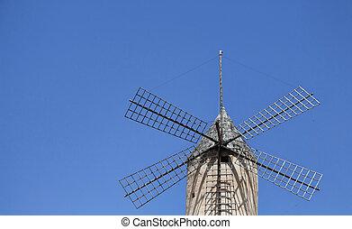 vista, de, antigas, histórico, moinho de vento, com, azul, céu claro, fundo