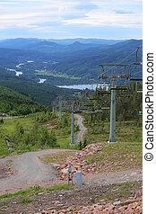 vista, de, branaesberget, em, suécia, baixo, um, estrada montanha, e, esqui levanta