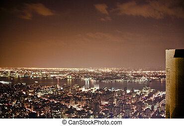 vista, de, edificio del estado del imperio, por la noche