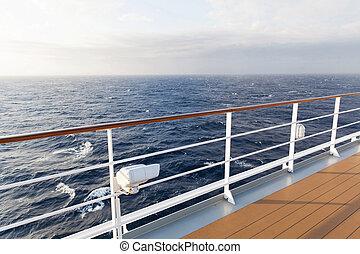 vista de mar, de, cubierta, de, vaya barco