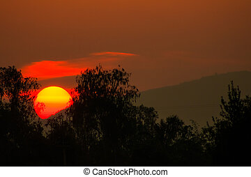 vista, de, salida del sol, encima, el, montaña