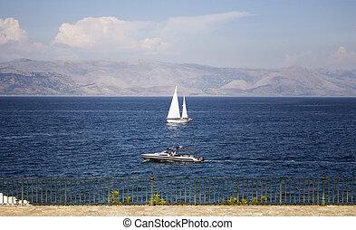 vista, de, velejando, e, motorboat, em, corfu, (kerkyra), island.