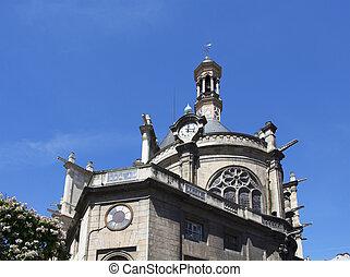 vista, di, uno, tradizionale, vecchia chiesa, in, parigi