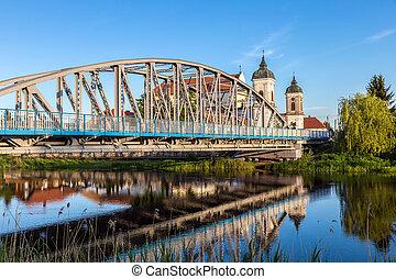 vista, em, ponte, sobre, a, narew, rio, e, barroco, igreja,...