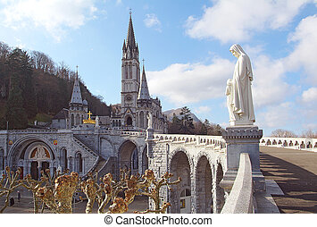 vista, (france), lourdes, cathedral-sanctuary