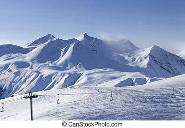 vista, ligado, refúgio esqui, em, noite