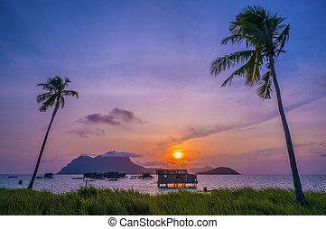 vista oceánica, de, un, mar, gitano, aldea, casa, en, isla de mabul, en, celebes, mar, sabah, malaysia.