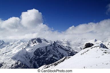 vista panoramic, ligado, refúgio esqui, dombay, em, agradável, sol, dia