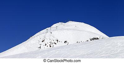 vista panoramic, ligado, refúgio esqui, em, cáucaso, montanhas
