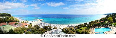 vista panoramic, ligado, um, praia, em, a, modernos, luxo,...