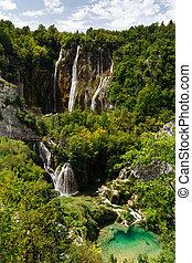 vista superiore, di, il, grande, cascate, a, plitvice, laghi, parco nazionale
