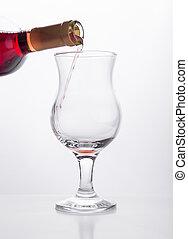 vit vin, flytande, in, a, glas, från, flaska