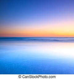 vita strand, och blåa, ocean, på, skymning, solnedgång