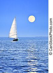 vitorlás hajó, -ban, holdtölte